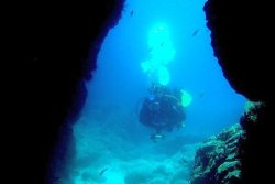 Lanzarote Scuba Diving Holiday - Costa Teguise. Cave diving.