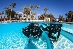 Fuerteventura - Canary Islands. Pool dive.