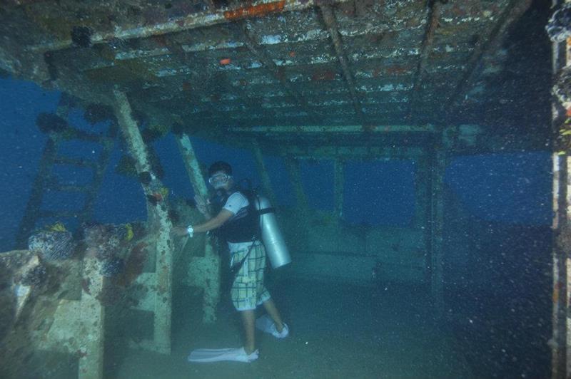 Sipadan scuba diving holidays with sportif dive holidays - Sipadan dive sites ...