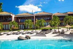 Grenada Dive Holiday. True Blue Bay Hotel - infinity pool.