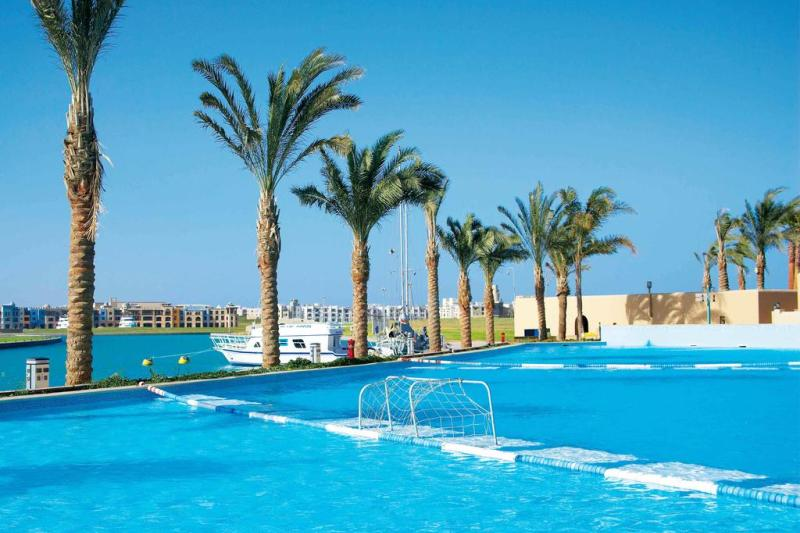 Red sea divers hotel marina lodge port ghalib special offer from sportif dive for Red lodge swimming pool timetable