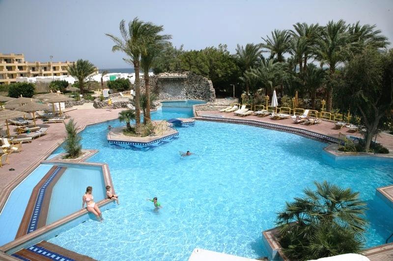 Hotel shams safaga safaga red sea egypt diving liveaboard holidays - Dive inn resort egypt ...
