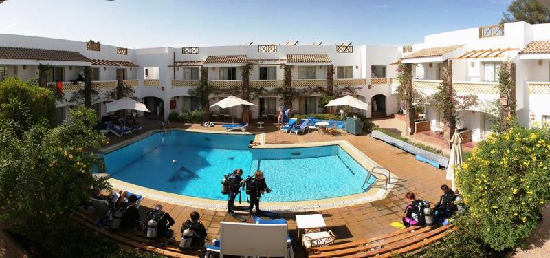 Camel hotel sharm el sheikh red sea egypt diving for Dive inn sharm