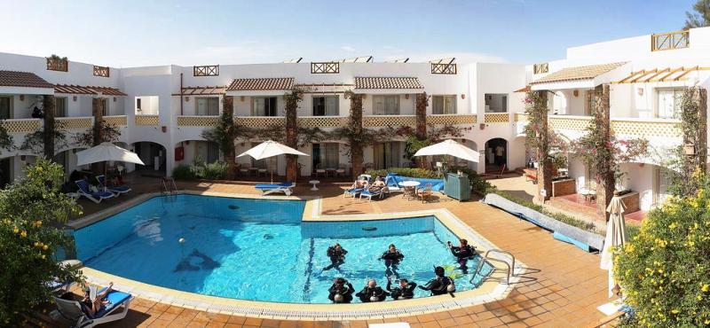 Camel hotel sharm el sheikh red sea egypt diving holiday - Dive inn resort egypt ...