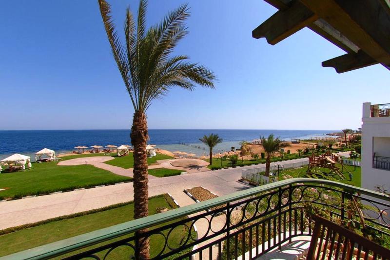 Hilton waterfalls sharm el sheikh red sea egypt diving liveaboard holidays - Dive inn resort egypt ...