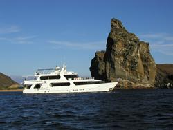 New 5* Luxury Liveaboards to Komodo and Galapagos