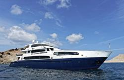 Oman Scuba Diving Holiday. Luxury Oman Aggressor Liveaboard. Side View.