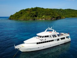 Newly Featured Roatan Aggressor Liveaboard